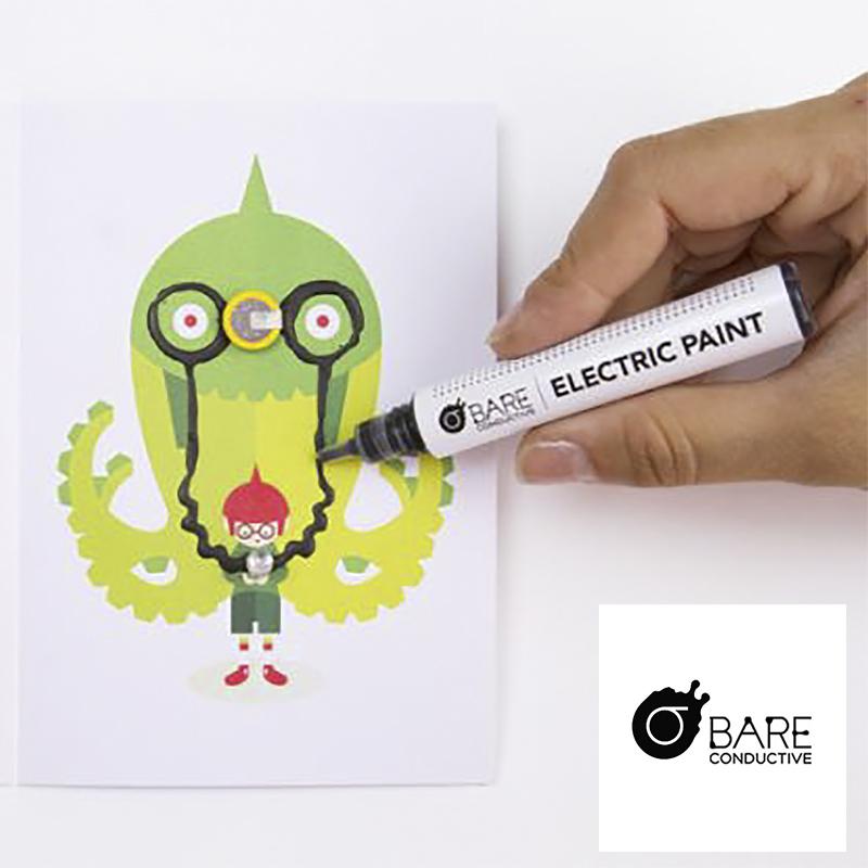 详细介绍: 想象的魔力无限大,带着这支神奇的导电笔发起一场全民新潮活动,去惊呆你的小伙伴们吧....麦极也为大家带来了与此电子涂鸦导电笔搭配使用的闪光系列卡片。电子涂鸦导电闪光卡片趣味套装系列留给拥有它的人无限创意设计的空间,适用于各个年龄阶层,尤其是儿童,可以培养小宝贝们的动手,善于发现,设计,维修,创新能力,具有非凡的趣味性。童真的世界令我们向往,宝贝们的创意让我们惊叹,妈咪,爸比们,快来创造属于自己和小宝贝的世界,与自己的小极客们共享惊喜,分享爱吧!  延伸阅读: 电子涂鸦导电墨水是什么?来自英国